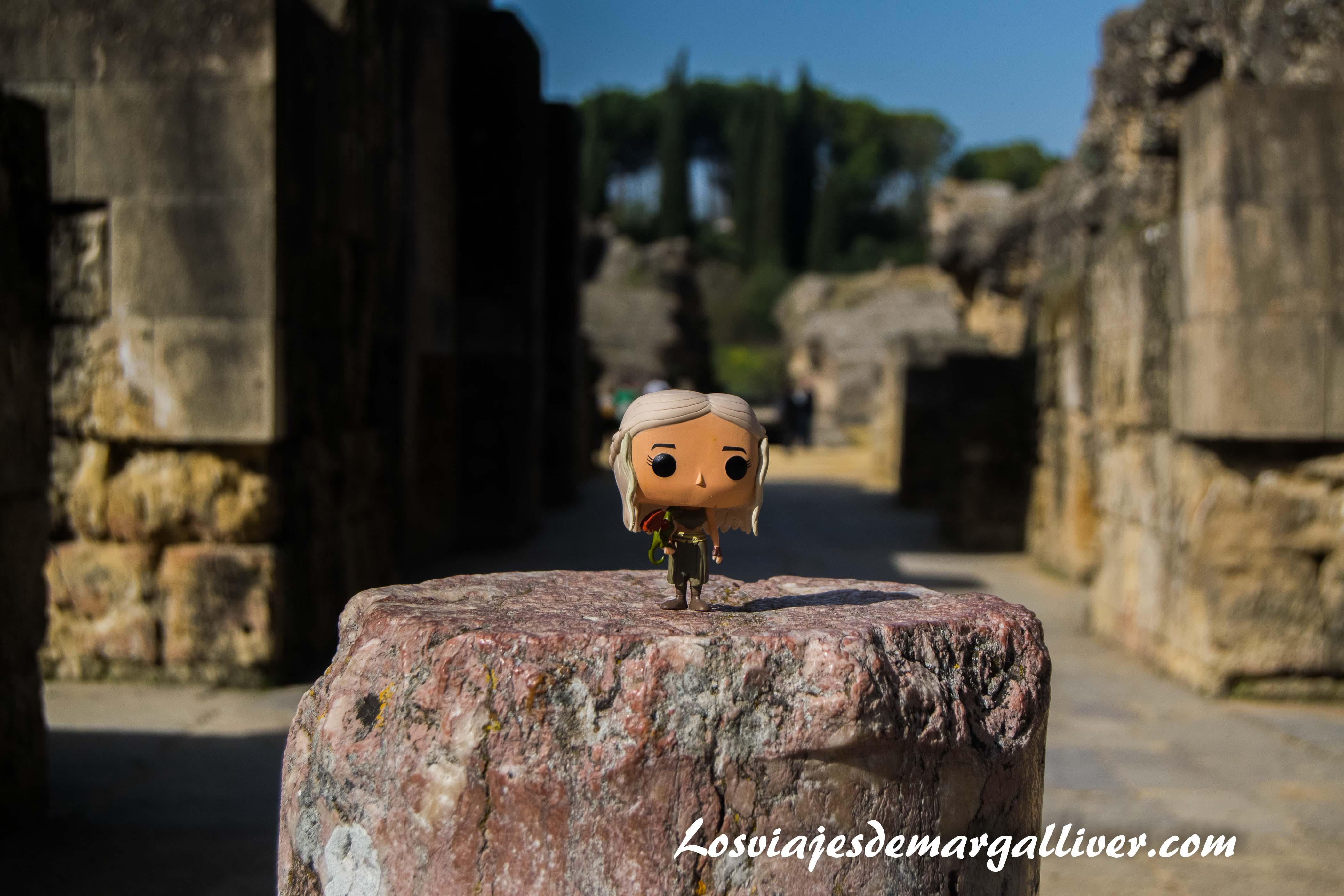 daenerys en pozo dragón en Itálica, resumen viajero 2017 - Los viajes de Margalliver